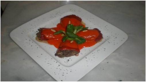 Pimientos Del Piquillo Rellenos De Y Morcilla Y Piñones Cocinar Con Tenchi